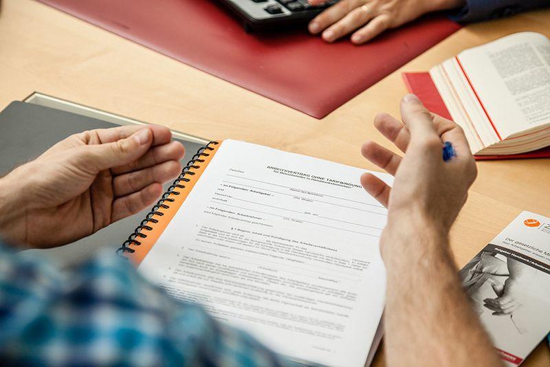Handwerkskammer Arbeitsvertragsmuster überarbeitet